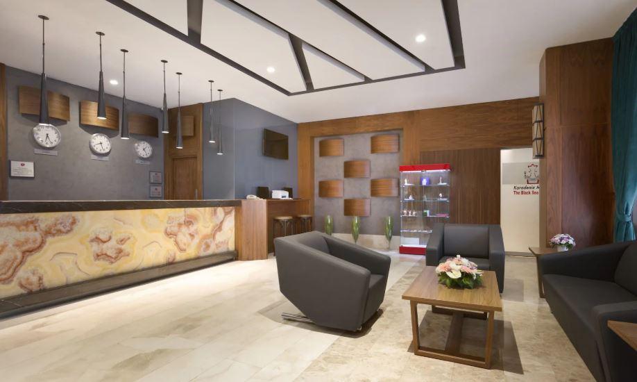 RAMADA ENCORE AIRPORT HOTEL
