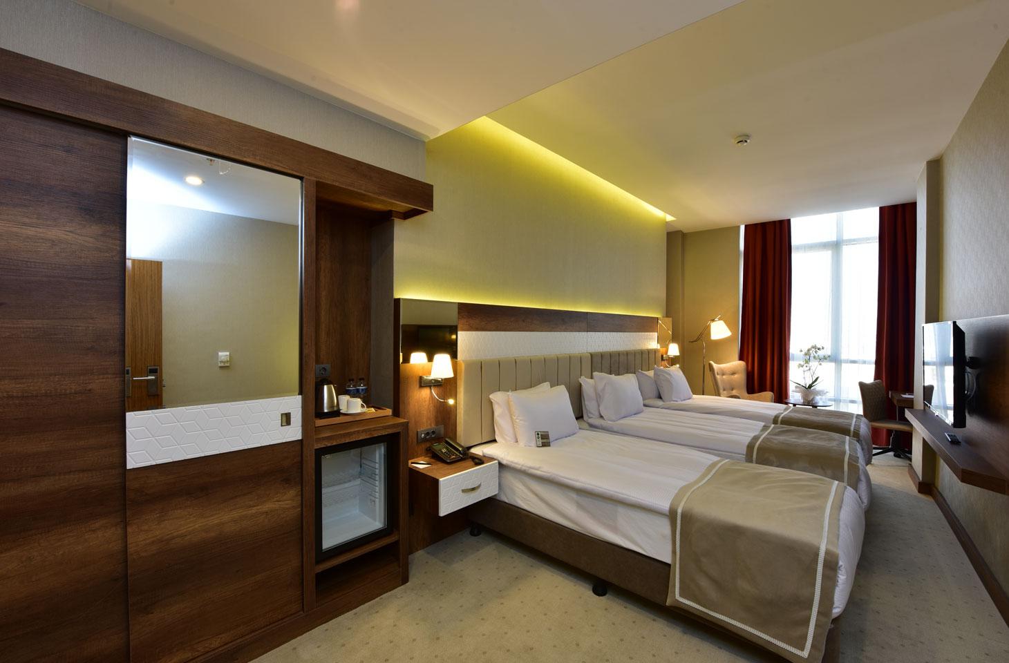 VESPİA HOTEL