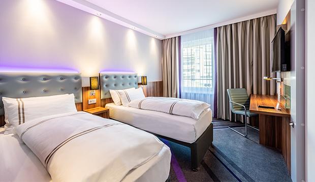 PREMIERE INN DUSSELDORF  CITY OST HOTEL