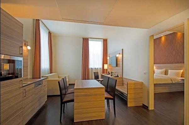 STAR INN PREMIUM HOTEL